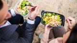 Как питаются офисные работники в Украине и в мире